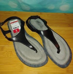 Cliffs white mountain venda black sandals size 5